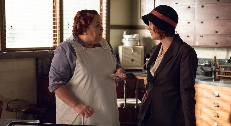 Frankie Drake Mysteries: Ladies in Red