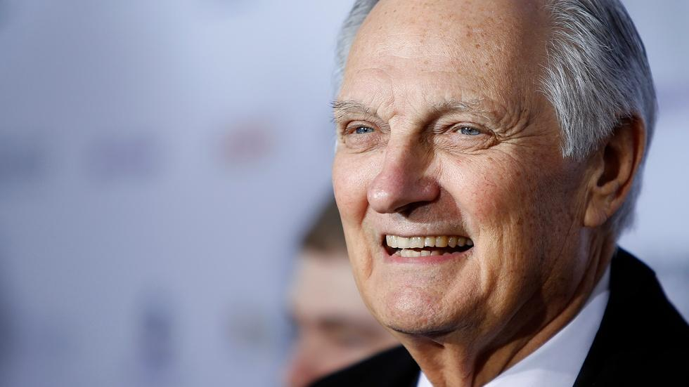 For Alan Alda, the heart of good communication is connection image