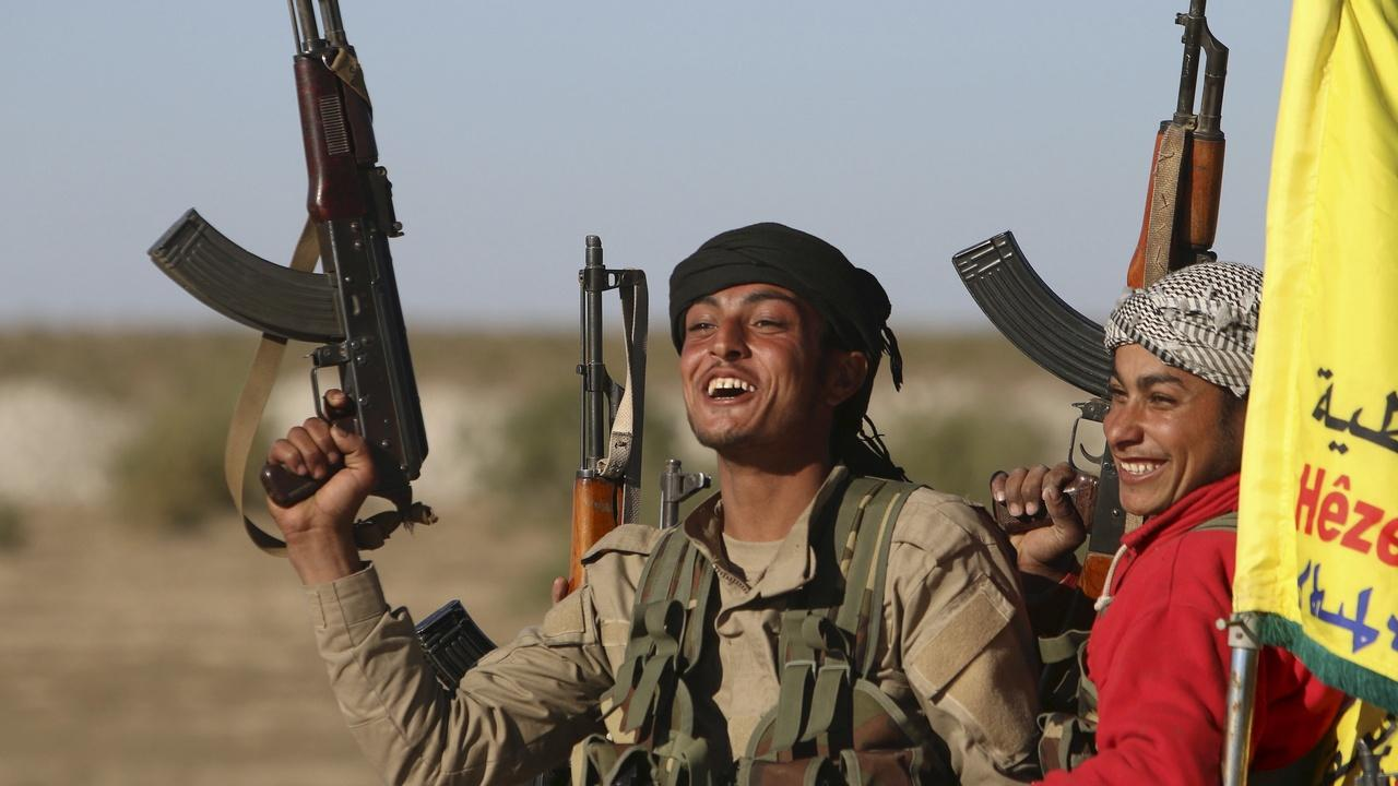 What should happen to thousands of foreign ISIS fighters?