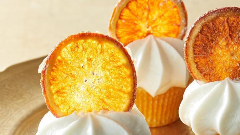Martha Bakes: Decorated Cupcakes