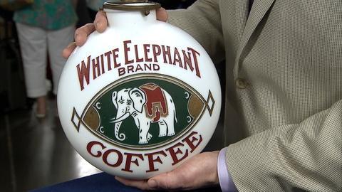 Antiques Roadshow -- S21 Ep17: Appraisal: White Elephant Coffee & Tea Globe, ca.