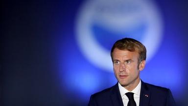 News Wrap: France recalling ambassadors from U.S., Australia