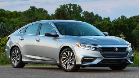 2019 Honda Insight & 2018 Lincoln Navigator