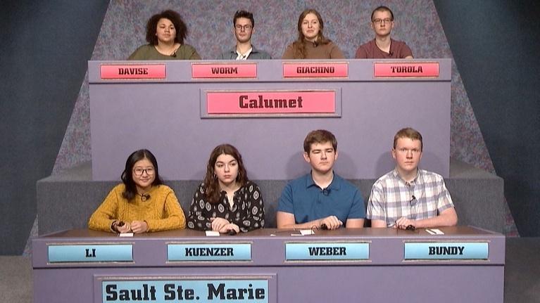 High School Bowl: 4126 Calumet vs Sault Ste. Marie