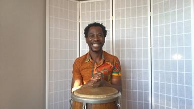 SONGS FROM GHANA, HEAD SHOULDERS KNEES & TOES - SPA Captions