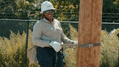 PBS NewsHour | A Chicago electrical worker on empowering her community