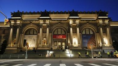 Inside The Met: The Birthday Surprise