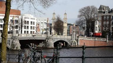 Amsterdam's 'doughnut economy' puts climate ahead of GDP