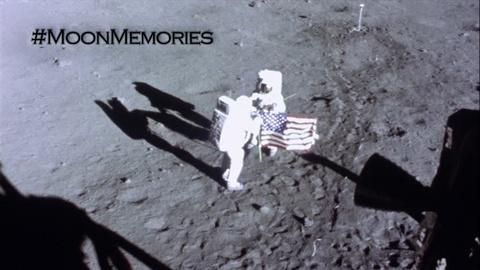 Space Chase USA -- Moon Memories | Astronaut Autographs