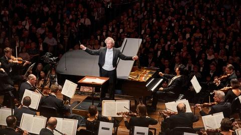 Great Performances -- The Cleveland Orchestra Plays Mozart's Piano Concerto No. 24