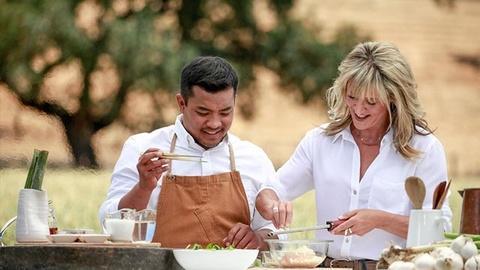 Bringing It Home with Laura McIntosh: Season Two -- Garlic