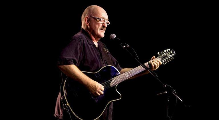 Infinity Hall Live: Dave Mason