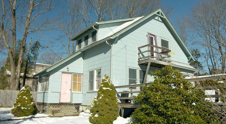 This Old House: The Net Zero Bungalow | The Jamestown Net-Zero House