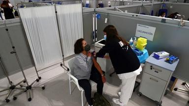 EU running behind as vaccine rollout faces challenges