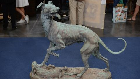 Antiques Roadshow -- S21 Ep15: Appraisal: 1882 Victor Chemin Bronze Hound & Hare