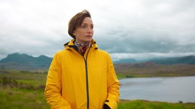 Kristin Scott Thomas Learns About the Russian Arctic Convoys