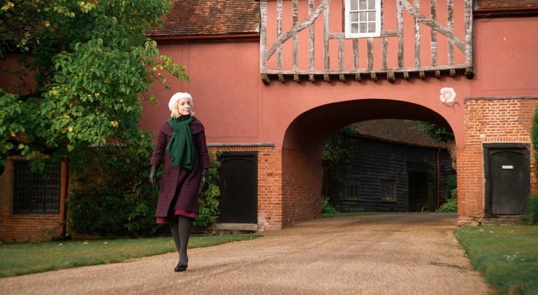 Lucy Worsley's 12 Days of Tudor Christmas: Drink Tasting