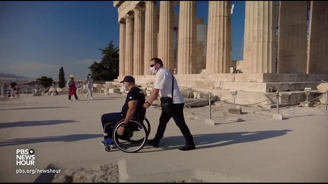 Greeks split over construction to improve Parthenon access