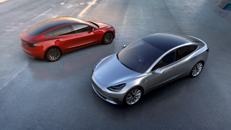 Are consumers ready to hit the gas on electric cars? image