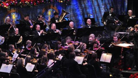 Christmas with the Mormon Tabernacle Choir -- O Come, Little Children