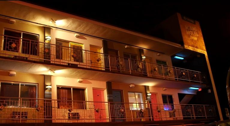 Art Loft: Florida Stories