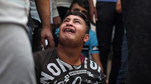 PBS NewsHour -- News Wrap: Israeli airstrikes kill dozens in Gaza