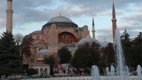 S1 E3: Istanbul