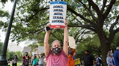 Texas lawmakers want to change the state's election laws