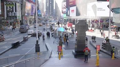 In the heart of NYC, a new sculpture nods to this past year