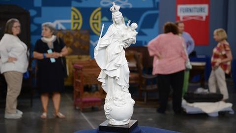 Antiques Roadshow -- S21 Ep15: Appraisal: Meissen Porcelain Madonna & Child, ca.