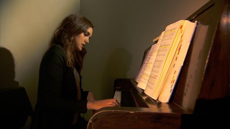 Arts Upload: Samantha Gossard, Rachel Ignotofsky, Pegasus - Sep 22, 2016