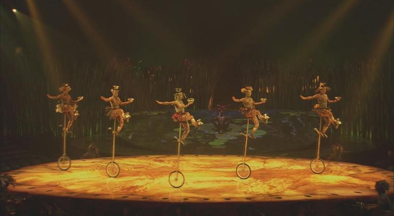 Real Orange: Cirque Totem