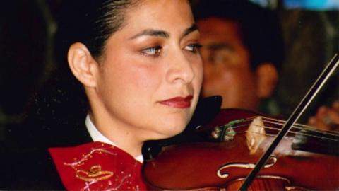 PBS SoCal - American Graduate -- American Graduate Champion: Maria Peñaloza