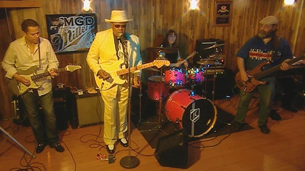 Blues Musician Norman Sylvester image