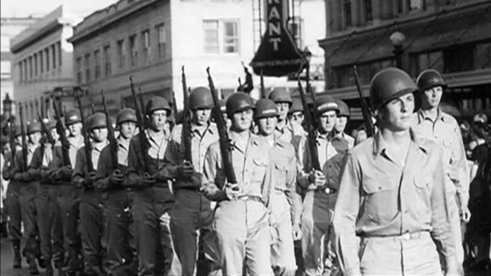 Oregon at War image