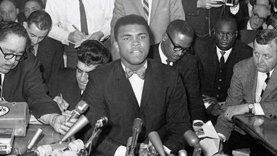 Muhammad Ali | Muhammad Ali Fights Cleveland 'Big Cat' Williams