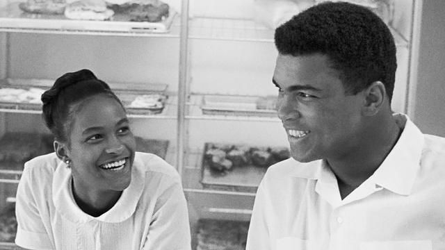 Muhammad Ali Marries Belinda Boyd in Chicago