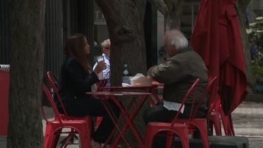 Legislators hope new bills will help struggling restaurants