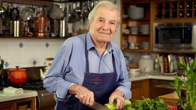 Jacques Pépin makes rice cakes with eggs
