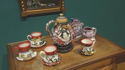 PBS NewsHour | Artist upends porcelain traditions with personal roots