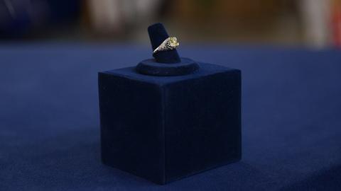 Antiques Roadshow -- S21 Ep15: Appraisal: Art Deco Yellow Diamond Ring, ca. 1925