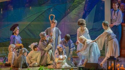 Christmas With The Tabernacle Choir -- Luke 2: The Christmas Story