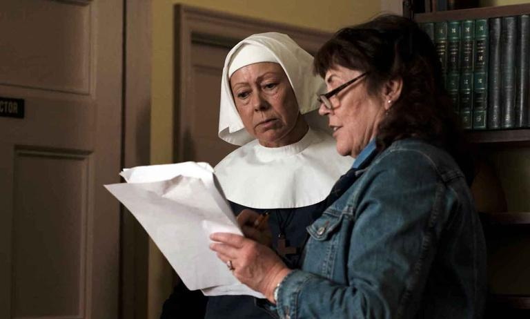 watch call the midwife online free