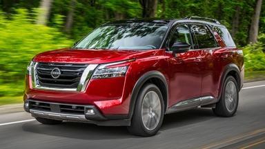 2022 Nissan Pathfinder & 2022 Volkswagen Taos