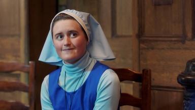 New Uniforms for Modern Midwifery?
