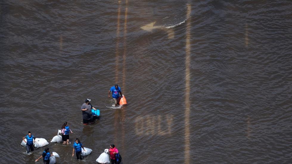 Hurricane Harvey leaves Houston with Texas-sized problems image
