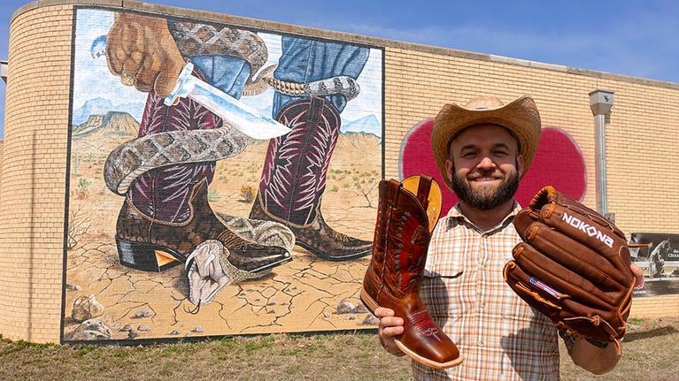 The Daytripper: Nocona, TX