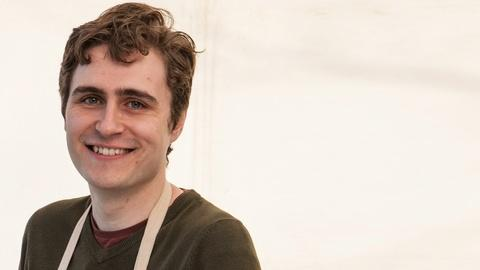 The Great British Baking Show -- S4: Meet the Bakers: Tom
