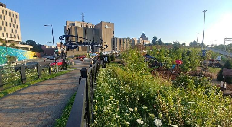 Around Akron with Blue Green: August 2018