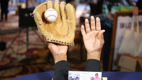 """Antiques Roadshow -- Appraisal: 1997 Willie Mays """"The Catch"""" Statue"""